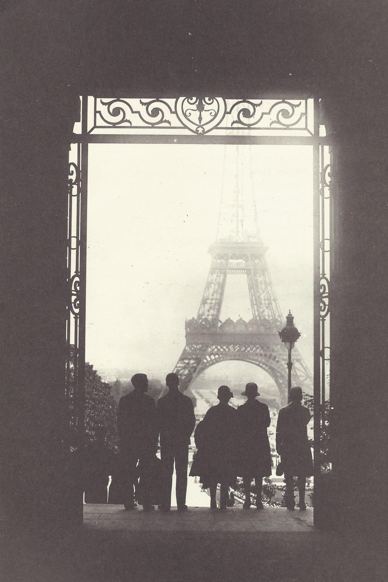 Fotografía extraída del blog Le cher visage de mon passé. Fotógrafo desconocido.